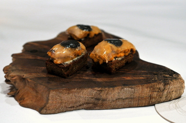 Epicuryan providence 02 07 2013 for Smoked oyster canape